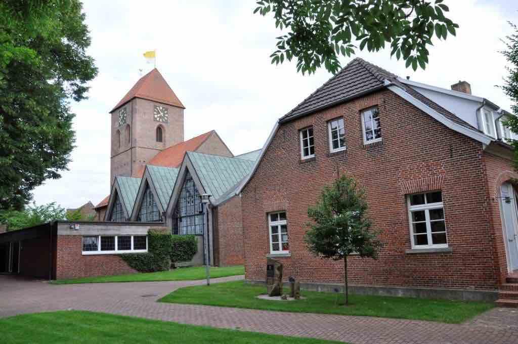 Aschendorfer Kirche